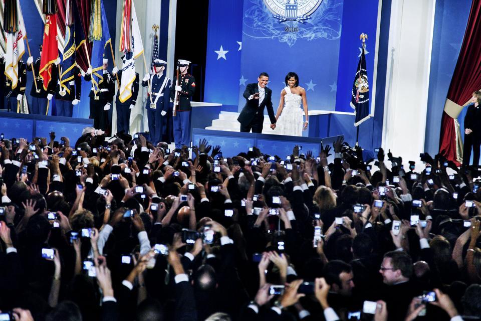 Elliott Erwitt, Inauguration Ball for President Barack Obama, Washington D. C., January, 2009. © Elliott Erwitt/Magnum Photos