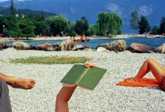 Martin Parr, Riva del Garda. Lake Garda, Italy, 1999. © Martin Parr/Magnum Photos