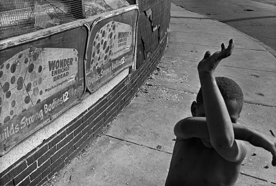 Eugene Richards, Wonder Bread, Dorchester, Massachusetts, 1975. Gelatin silver print. Collection of Eugene Richards. © Eugene Richards