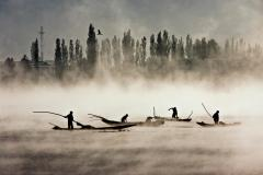 Shahidul Alam, Dal Lake, Kashmir, India, 2008.
