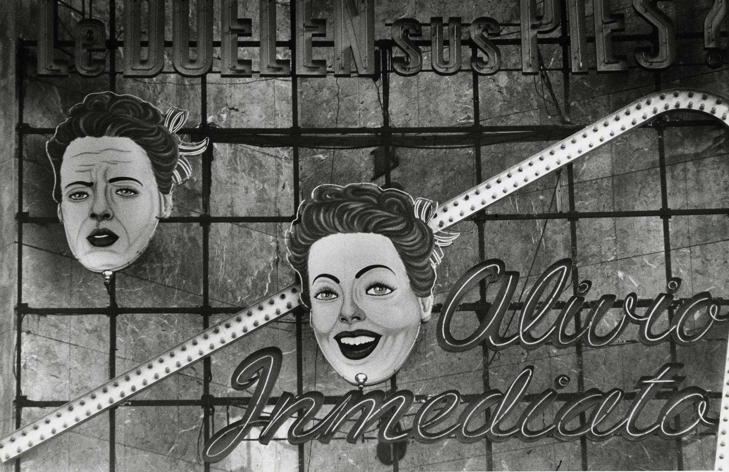 Urbes Mutantes: Latin American Photography 1944–2013